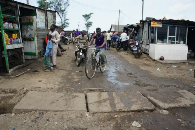 One of the two small entrances to Agbogbloshie scrapyard, photo by Adam Minter