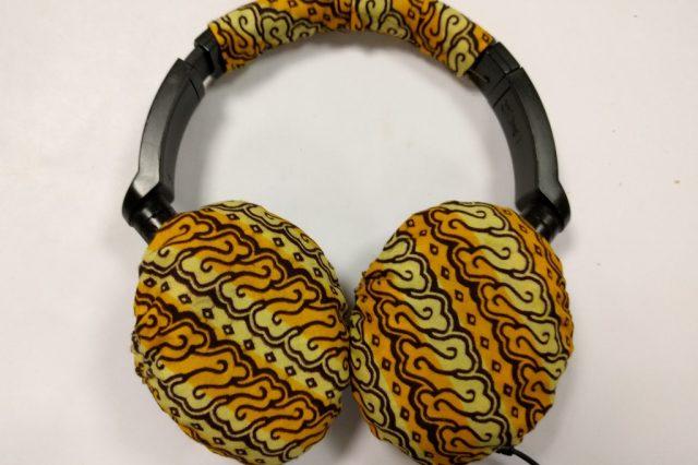 Ugo's mended headphones