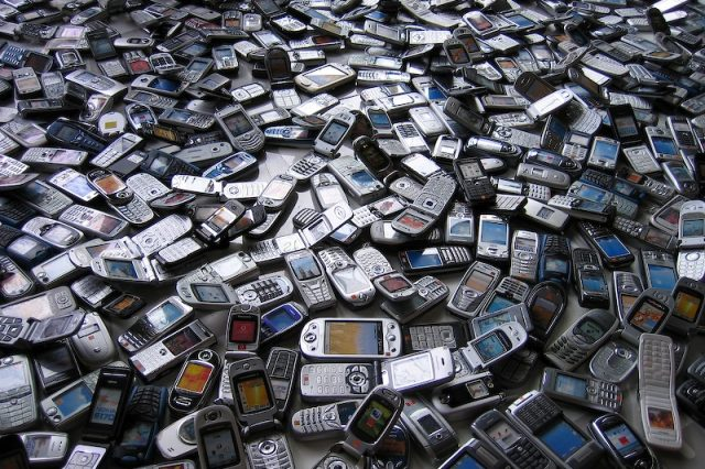 phones in throwaway culture