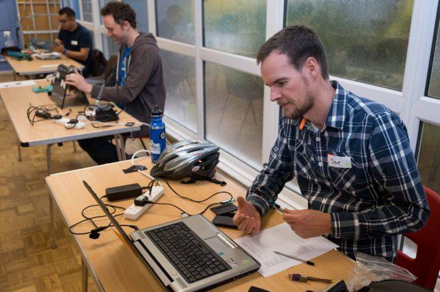 Fixing laptops with Catbytes